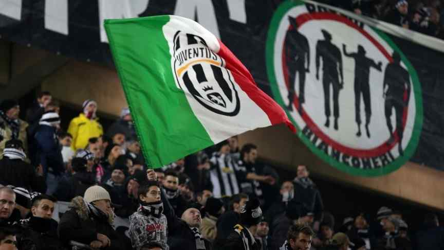 Juventus football fans